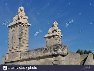 Was Bedeuten Die Wäschezeichen : br cke von l wen pont de l wen arles eine zerst rte ~ Lizthompson.info Haus und Dekorationen