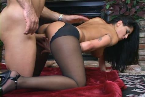 Jenaveve Jolie Has Sex In Ripped Opaque Nylons