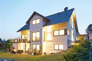Einfamilienhaus Hanglage Planen : luxus haus bauen luxus haus bauen modernes haus luxus ~ Lizthompson.info Haus und Dekorationen
