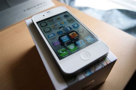 where to sell iphone sell your iphone 4s to apple and get up to 345 towards