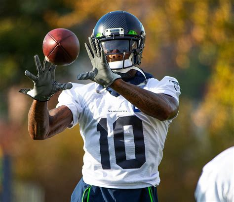seahawks tempering expecations  wide receiver gordon