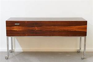 Sideboard Auf Rollen : sideboard auf rollen rio trans palisander 1960er bliss modern antiques ~ Sanjose-hotels-ca.com Haus und Dekorationen