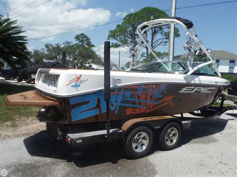 Used Wakeboard Boats For Sale Florida by 2012 Used Epic 21v Ski And Wakeboard Boat For Sale