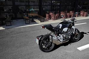 2019 Honda CB1000R+ Neo Sports Cafe Rear Right AUTOBICS