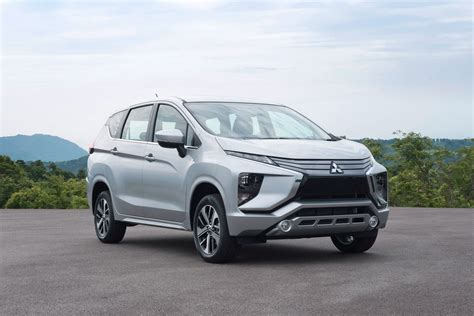 Review Mitsubishi Xpander by All New Mitsubishi Xpander Debuts In Indonesia Carscoops