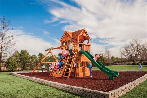 When Was Swing Popular by What Is The Best Wood For A Swing Set Tree Frogs Showrooms