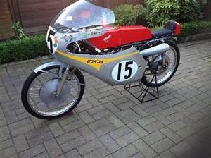Moto Honda 50cc : honda 50cc racing motorcycle for sale 1966 on car and classic uk c441790 ~ Melissatoandfro.com Idées de Décoration