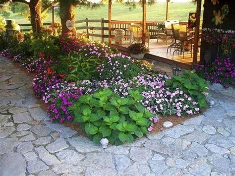 patio flower beds shade tree flower beds small backyard garden ideas backyard garden exles backyard picture