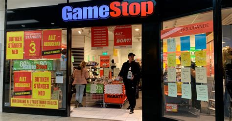GameStop share price up 130%, Today - 27th January   Surf's Up