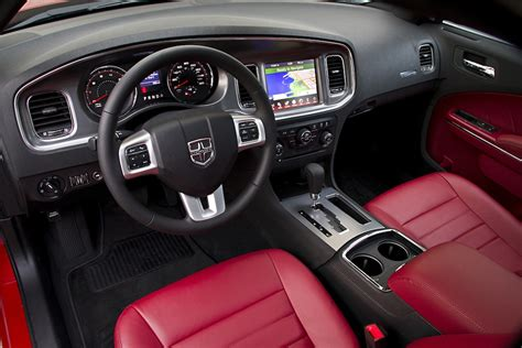 Dodge Charger 2011 Interior by Review 2011 Dodge Charger R T Max Awd Autosavant