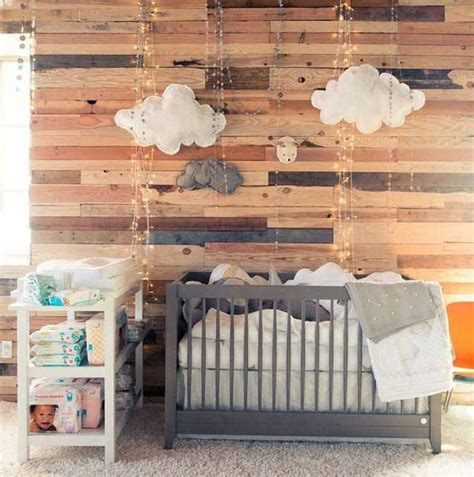 lambris chambre la chambre bébé lambris habillez vos murs de panneaux de