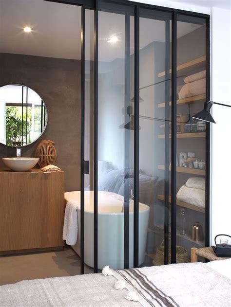 Appartement Paris 17 : un 37 m2 chaleureux entre bois et béton ciré Côté Maison