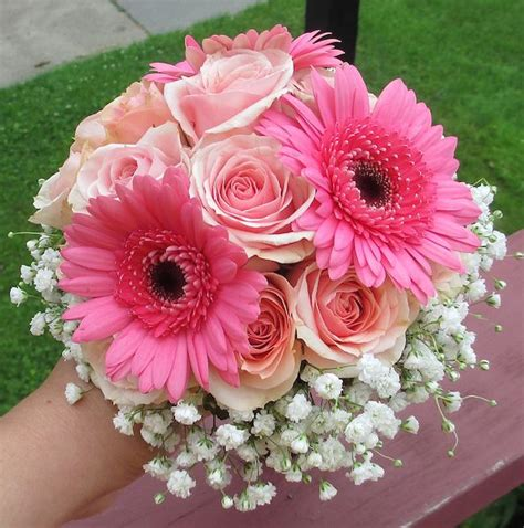 wedding bouquet gerbera daisies and roses pink bouquet with gerbera daisies roses and babies breath