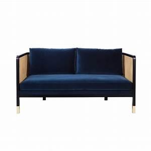 Canapé Bleu Velours : canap cannage velours bleu marine arne concept ~ Teatrodelosmanantiales.com Idées de Décoration