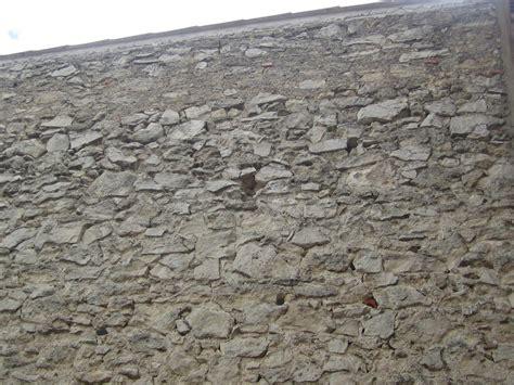 r 233 aliser un enduit sur mur exterieur
