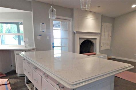 white quartz countertops that look like marble   DeducTour.com