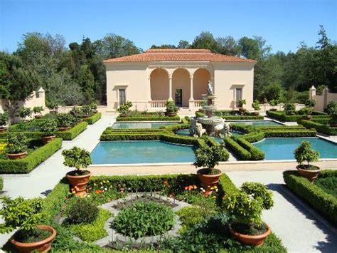 italian renaissance garden my favorite picture of hamilton gardens hamilton tripadvisor