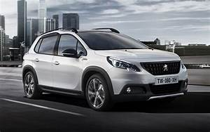 Peugeot 2008 GT Line (2016) Wallpapers and HD Images - Car