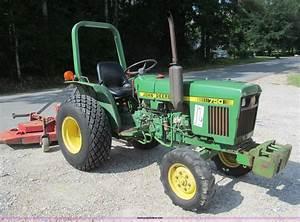 1986 John Deere 750 Tractor