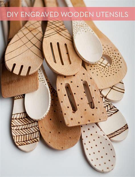 diy engraved wooden spoons curbly diy design