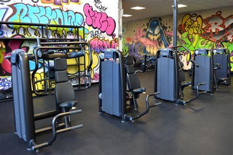 salle de sport 20eme salle de sport roanne musculation et fitness gigagym fr