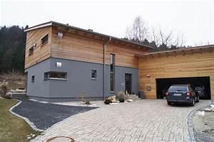 Haus Mit Holz : haus graue aussenfassade 2 h user housing pinterest haus fassade haus und haus ideen ~ Frokenaadalensverden.com Haus und Dekorationen