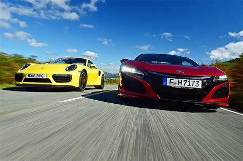 Honda NSX vs Porsche 911 Turbo - pictures | Auto Express