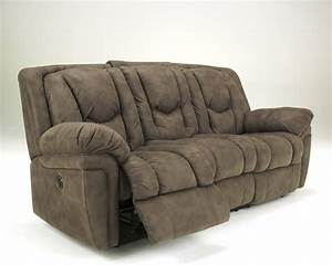Ashley furniture reclining sofa for Ashley reclining sofa
