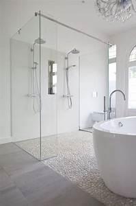 Revetement Douche Italienne : douche italienne 33 photos de douches ouvertes deux ~ Edinachiropracticcenter.com Idées de Décoration