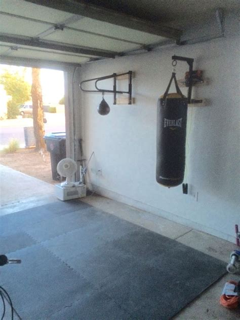 diy heavy bag ceiling mount 1000 ideas about boxing fitness on boxing