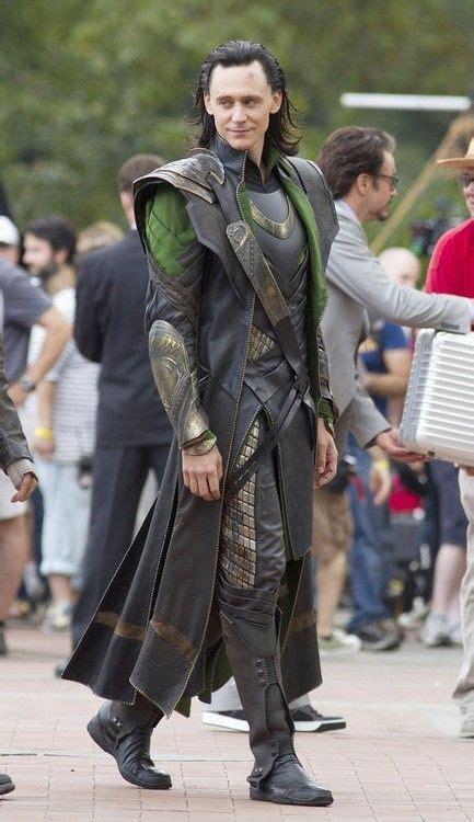 Tom Hiddleston Again Full Body Is The Best View Loki