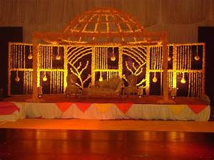 Mehndi Stage Decoration 2018 Pics Pakistani Ideas