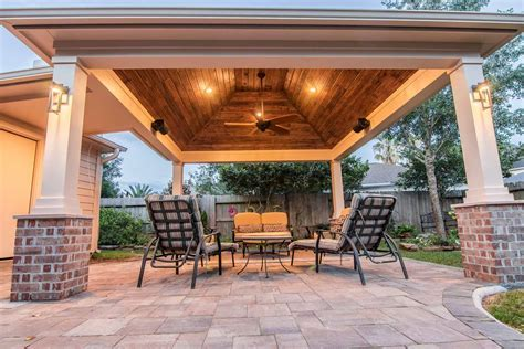 Hip Roof Patio Cover in Copperfield   HHI Patio Covers