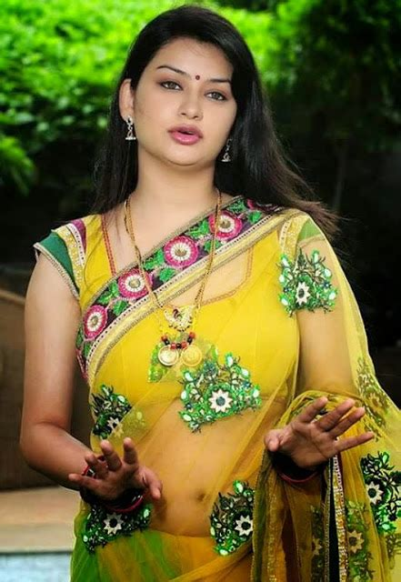 celebrity trends photography tamil aunty pundai images