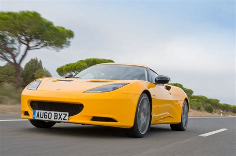 2013 Lotus Evora S Front View In Motion Low Photo 5