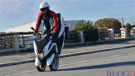 Il Nostro Test Su Strada Del Nuovo Yamaha Tricity 2015