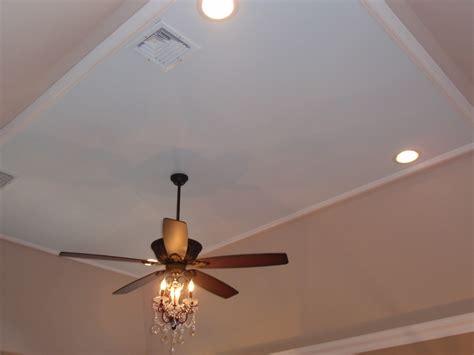 ceiling fan with chandelier light diy by design master bedroom