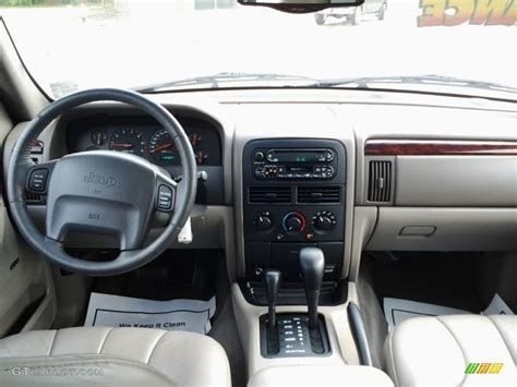 jeep cherokee dashboard 2000 jeep grand cherokee laredo 4x4 dashboard photos