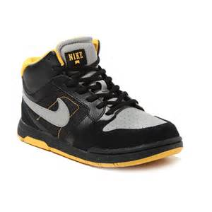 Boys Nike Shoes Outlet