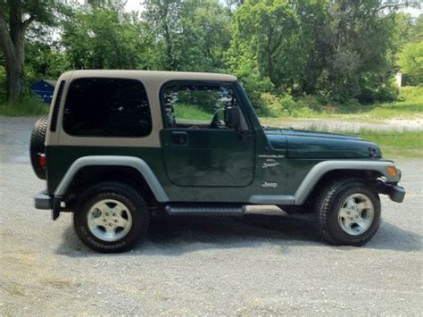tan jeep wrangler 2 door find used 2001 jeep wrangler sport forest green dark
