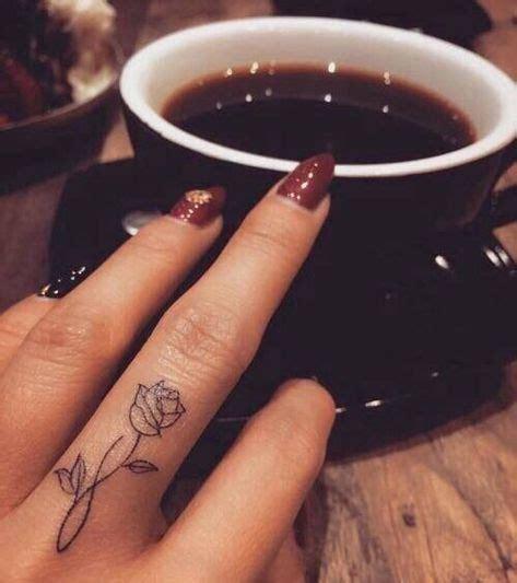 pretty rose finger tattoos designs tattoo pinterest