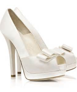 affordable wedding shoes choosing affordable shoes for your wedding ceremony wedding planning