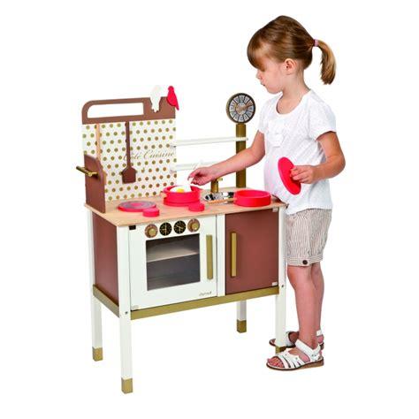 janod maxi cuisine chic maxi cuisine chic janod cuisine toute en bois jouet en bois