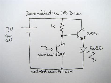 Phototransistor Light Sensor Using Photo Transistor