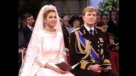 overhandiging huwelijksbijbel aan hkh prins willem
