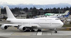 Boeing 747 Can't Find Commercial Suitors as Jumbo Jet Era ...