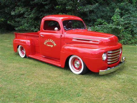 Classic Ford 1948 Ford Hot Rod Truck