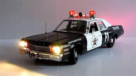 1 18 police car with ertl 1 18 dodge monaco police car youtube