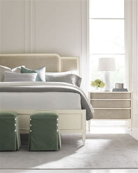 caracole redford queen cane bed