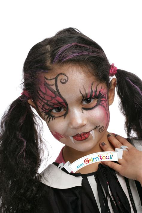 Maquillage Pour Un Joli Maquillage Pour Se Transformer En La Plus Des Draculita Maquillage D